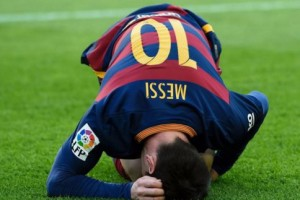 Messi-a-terre_w484 (1)